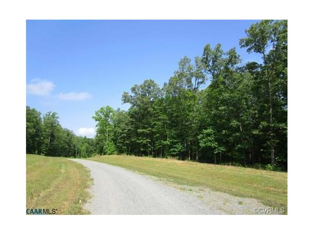 8 Dove Hollow, Louisa, VA 23093